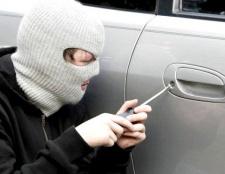 Які дії зробити, якщо у вас викрали машину