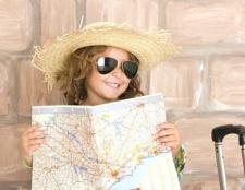 Які документи потрібні дитині для поїздки за кордон