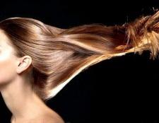 Які маски можна робити вдома для відновлення волосся