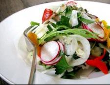 Які салати можна приготувати з редискою