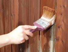 Який фарбою пофарбувати паркан