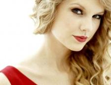 Який макіяж зробити під червоне плаття