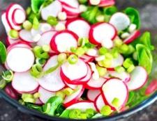 Який найсмачніший салат з редиски