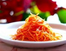 Який найсмачніший салат з вареної моркви
