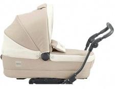 Яку коляску вибрати новонародженому