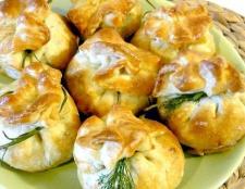 Мішечки з сиром і грибами