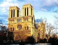 Нотр-дам де парі: історія будівництва собору