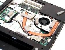 З якої причини сильно нагрівається ноутбук
