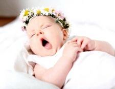 Чому дитина часто позіхає