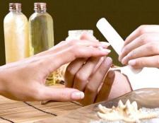 Правила догляду за розшарування нігтів