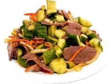 Рецепт салату з яловичиною
