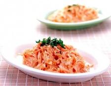 Рецепт салату з морквою і часником