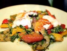 Салат з перців і персиків