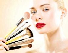 Секрети макіяжу: підкреслюємо природний колір очей