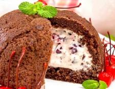 Шоколадно-вишневий торт