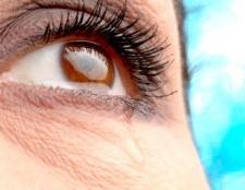 Сльозоточивість очей - причини і лікування