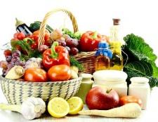 Вміст вітамінів і мікроелементів в основних продуктах харчування