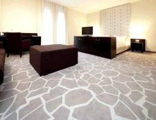 Порада 1: як вибрати підлогове покриття в квартиру