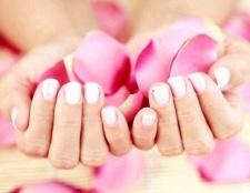Поради по догляду за сухою шкірою рук