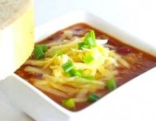 Суп чилі з квасолею