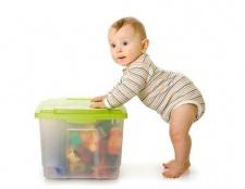 Вчимо дитину ділитися іграшками