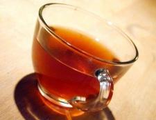 У чому відмінності чорного чаю від зеленого