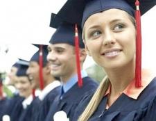 У чому різниця між заочної та очної форми навчання