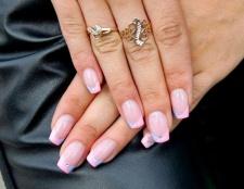 Вибираємо покриття для нігтів: біогель або лак?